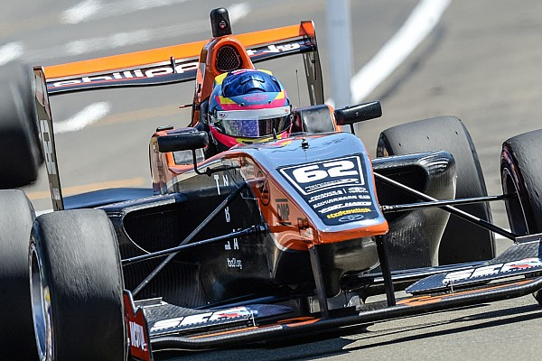 Other open wheel Manfeild TRS: Habsburg wins, Norris on the brink of title