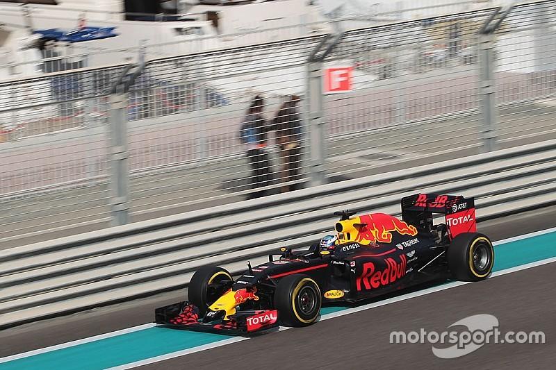 Ricciardo still hopeful of challenging Mercedes in race