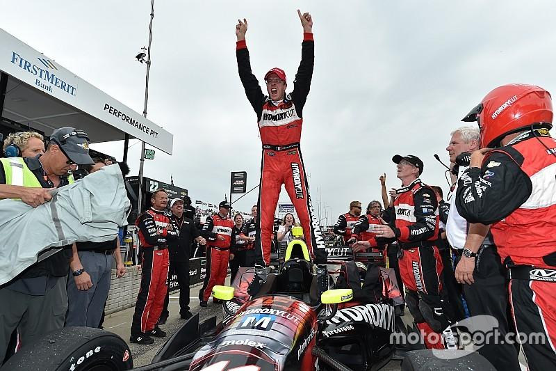 インディ第7戦デトロイト・レース1:ブルデー好戦略で優勝。琢磨11位