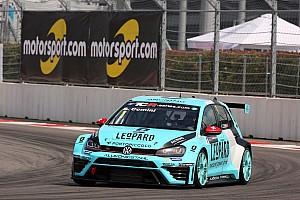TCR Qualifyingbericht TCR in Sochi: Stefano Comini schnappt sich die Pole-Position