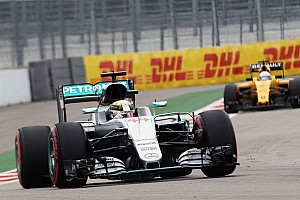 Hamilton reprimanded for qualifying incident
