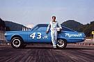 Monster Energy NASCAR Cup NASCAR-Legende Richard Petty erhält besondere Drag-Rennen-Auszeichnung