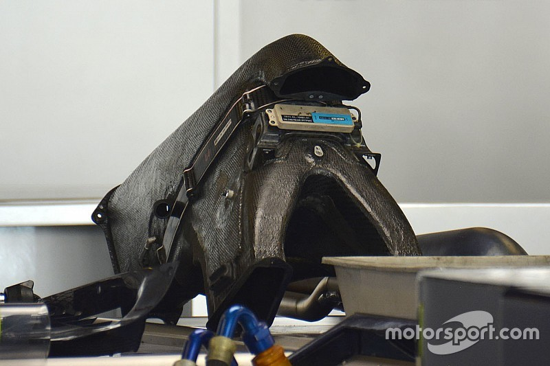 Bite-size tech: Toro Rosso airbox pipework