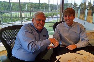 NASCAR XFINITY Breaking news Hendrick Motorsports signs Truck star Byron to multi-year deal