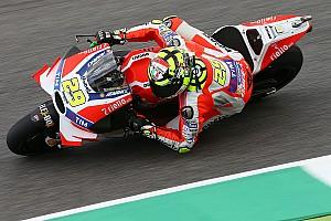 MotoGP Practice report Mugello MotoGP: Iannone edges Marquez in third practice