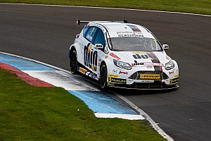 BTCC Race report Knockhill BTCC: Jackson fends off Tordoff to win final race