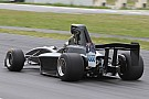 Other open wheel La nouvelle monoplace de Formula 5000 a pris la piste