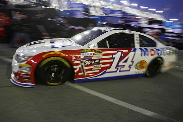 NASCAR Sprint Cup Breaking news Early multi-car wreck takes out several favorites - video