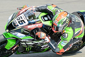 World Superbike Race report Donington WSBK: Sykes fights back to win as Davies crashes out