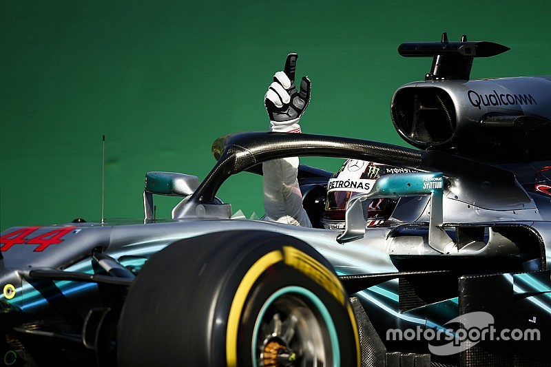 Formula 1, Hamilton trionfa in Ungheria e allunga su Vettel