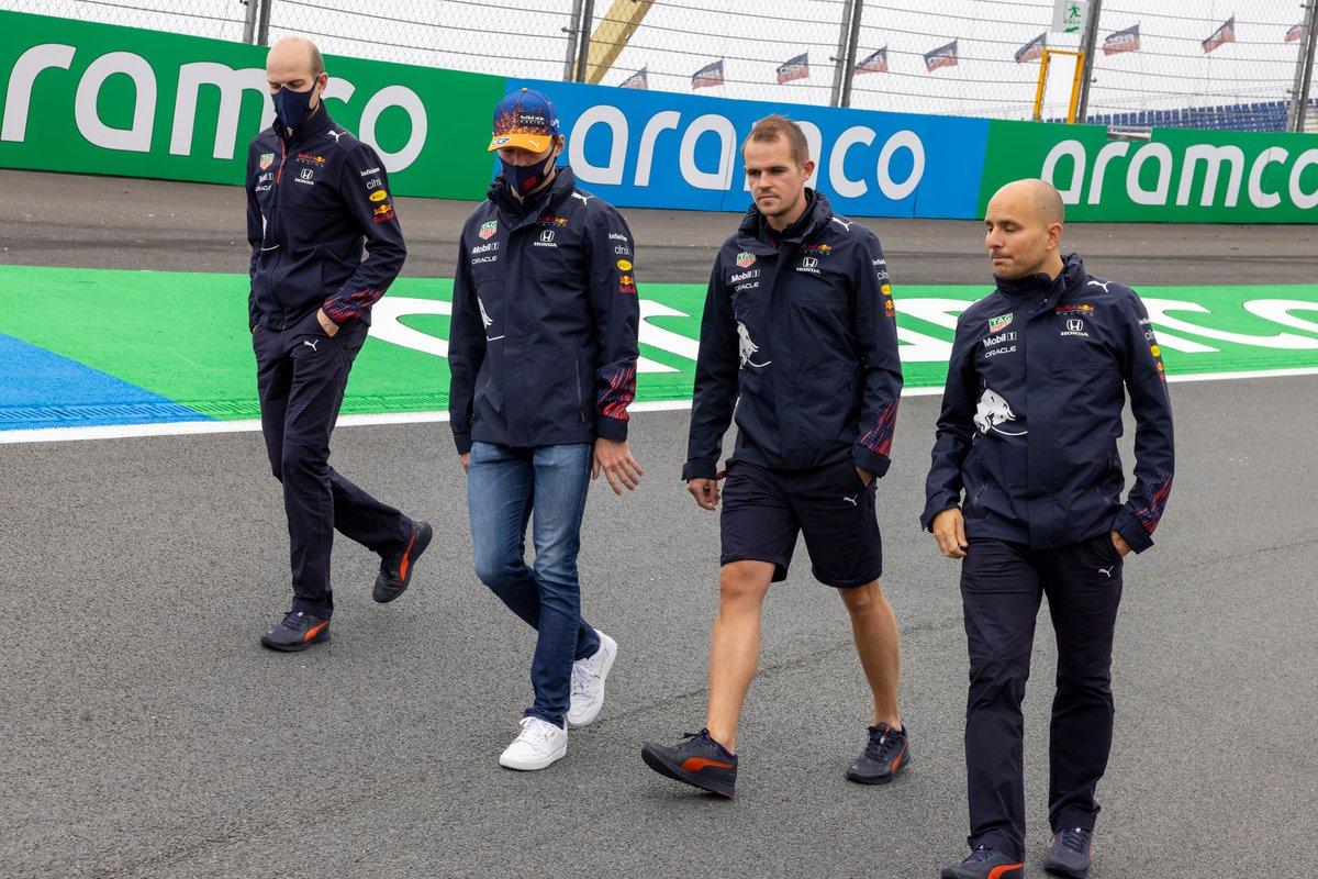 Max Verstappen, Red Bull Racing, trackwalk