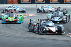 #67 PRT Racing Ginetta LMP3: Ate de Jong, Charlie Robertson leads at the start