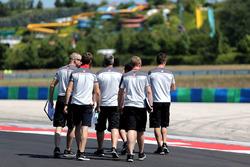 Romain Grosjean, Haas F1 Team walks the circuit with the team
