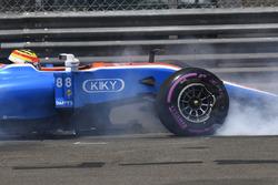 Rio Haryanto, Manor Racing MRT05 crash