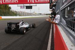 Sieger Nico Rosberg, Mercedes AMG F1 W07 Hybrid