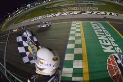 William Byron, Kyle Busch Motorsports Toyota takes the checkered flag