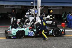 Pit stop #23 Panis-Barthez Competition Ligier JS P2 Nissan: Fabien Barthez, Timothe Buret, Paul-Loup Chatin