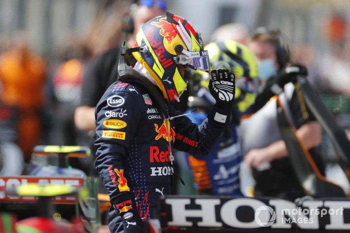 Sergio Pérez, Red Bull Racing, en Parc Ferme