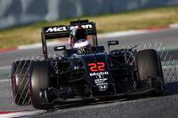 Formula 1 Photos - Jenson Button, McLaren MP4-31 running sensor equipment
