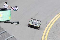 #44 Magnus Racing Audi R8 LMS: John Potter, Andy Lally, Marco Seefried, René Rast takes the GTD win