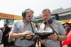 Max Damiani, Mario Isola, Pirelli