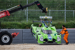 #40 Krohn Racing Ligier JS P2 Nissan: Tracy Krohn, Nic Jonsson, Joao Barbosa in the gravel trap, course marshals to the rescue