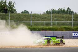 #40 Krohn Racing Ligier JS P2 Nissan: Tracy Krohn, Nic Jonsson, Joao Barbosa spins