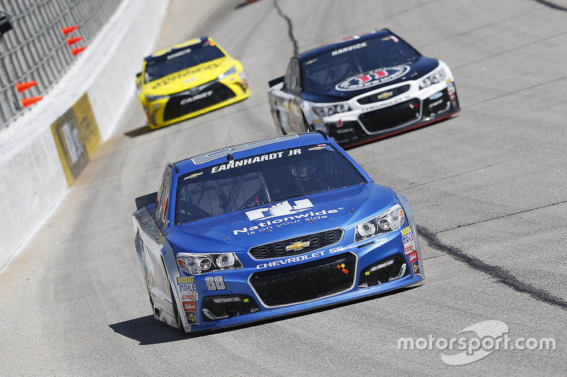 dale earnhardt jr hendrick motorsports chevrolet at atlanta. Cars Review. Best American Auto & Cars Review