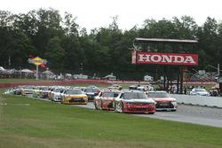 Start: Sam Hornish Jr., Richard Childress Racing Chevrolet leads