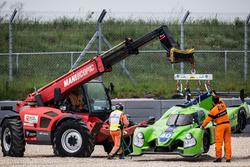 #40 Krohn Racing Ligier JS P2 Nissan: Tracy Krohn, Nic Jonsson, Joao Barbosa in the gravel trap, course marshals to the rescue