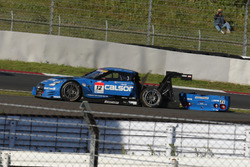 #12 Team Impul Nissan GT-R Nismo GT3: Hironobu Yasuda, Joao Paulo de Oliveira crash