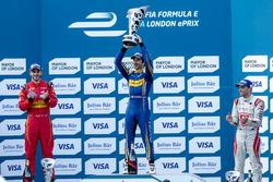 Podium: Race winner Nicolas Prost, Renault e.Dams; second place Daniel Abt, ABT Schaeffler Audi Sport; third Jérôme d'Ambrosio, Dragon Racing
