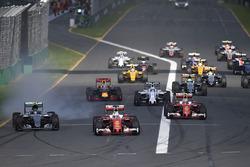 Sebastian Vettel, Ferrari SF16-H leads at the start of the race