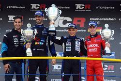 Podium: race winner Mato Homola, second place Dusan Borkovic, third place James Nash
