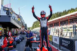 Race winner Hugo De Sadeleer, Tech 1 Racing