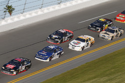 Cole Custer leads a pack