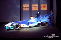 Sauber launches the C22