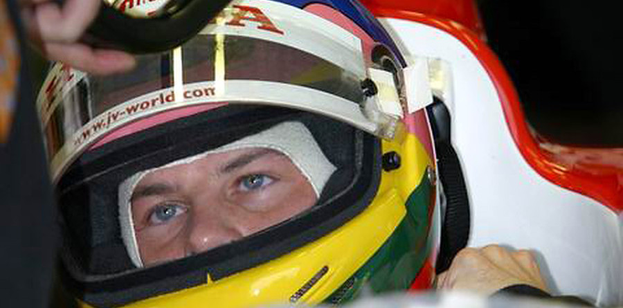 Villeneuve waiting for luck to change