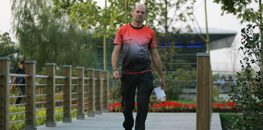 Newey to quit McLaren and join Red Bull