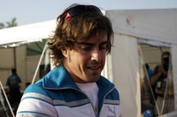 Alonso avoids the rumour mill