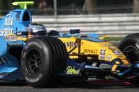 Kovalainen tops Silverstone day one
