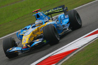 Alonso heads Renault front row for Chinese GP