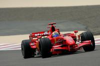Massa wins battle for Bahrain GP pole