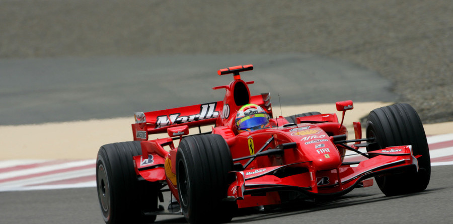 Massa wins battle for Bahrain GP pole