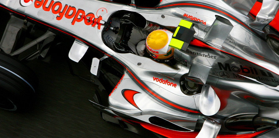 Hamilton leads in British GP first practice