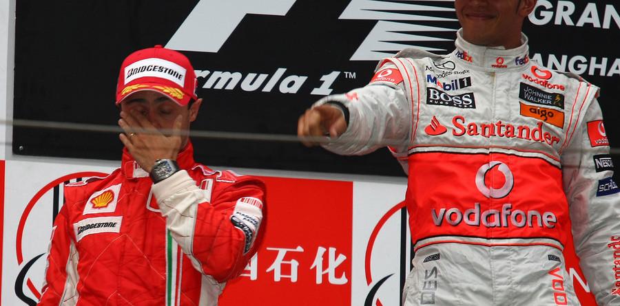 Hamilton wins China in a Sunday drive
