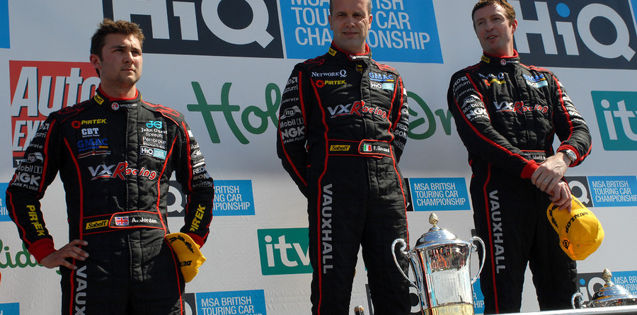 Thruxton's speed nets new 2009 winners and drama