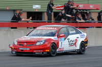 Giovanardi mounts title charge after Snetterton double