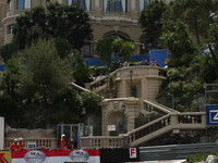 Webber holds off Kubica for Monaco pole