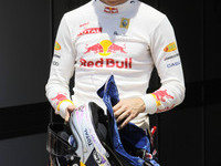 Vettel takes the European GP pole in Valencia